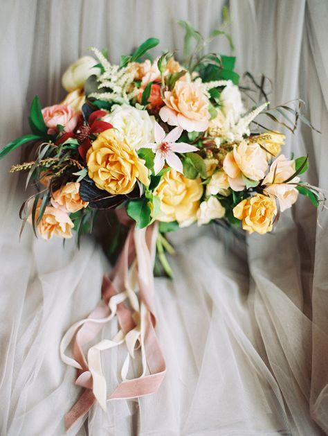 vail wedding bouquet