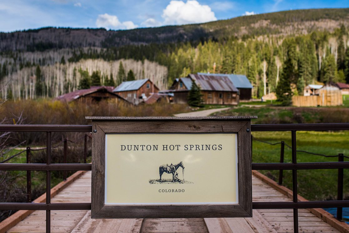 dunton_hot_springs_colorado_wedding_photographers_cooked_photography_jeff_cooke_jenn_nauss_destination_weddings-1