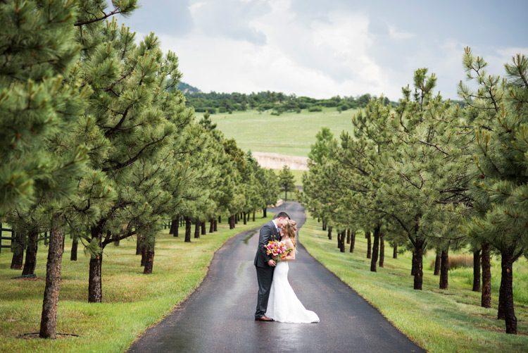 spruce-mountain-ranch-rainy-wedding-033