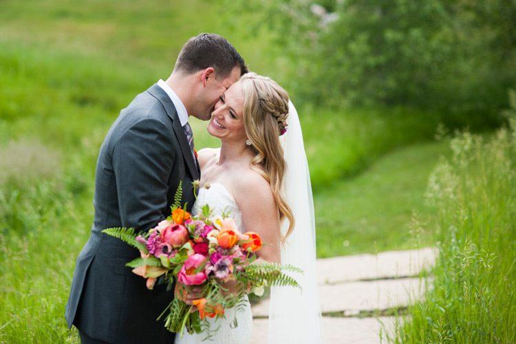 spruce-mountain-ranch-rainy-wedding-054