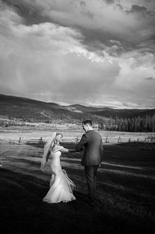 devils_thumb_ranch_wedding_photographer-11-78